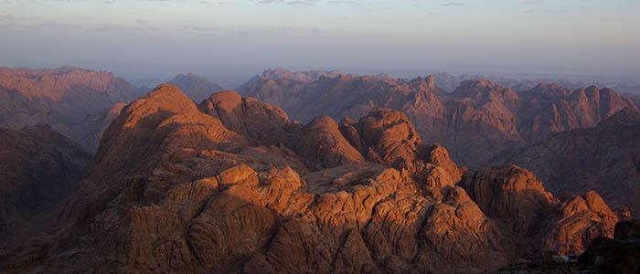 Mount_Sinai_BW_2